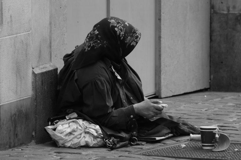 Как стать богатым с помощью молитв и аффирмаций