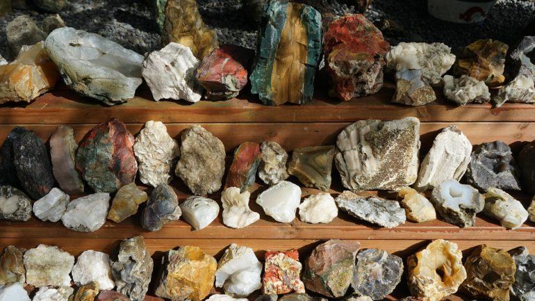 Камни для привлечения денег