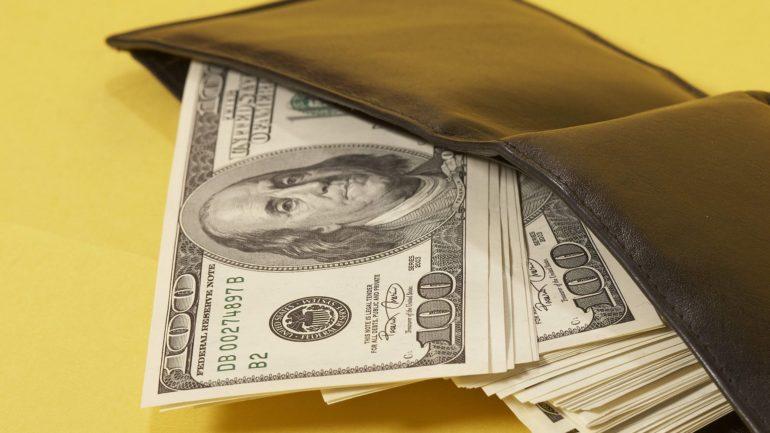 Как привлечь деньги в дом: народные методы привлечения денег