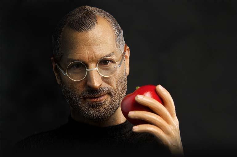 Стив Джобс, изучая его биографию. Легко убедится, что главное – это движение вперед