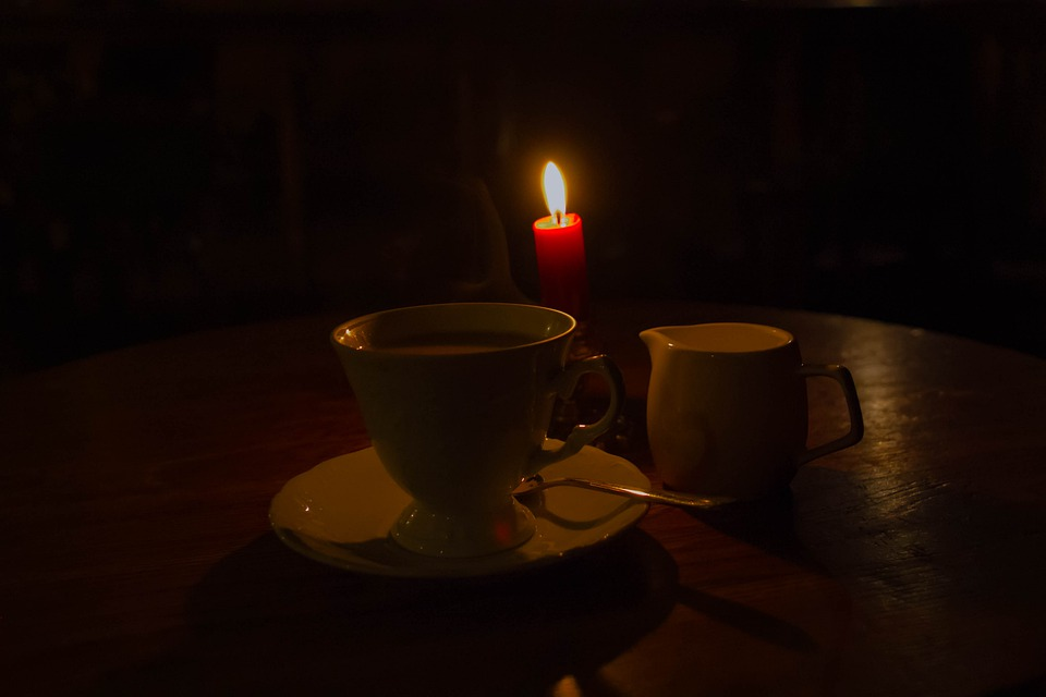 ритуал с кофе и свечкой